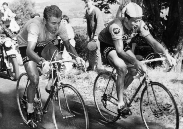 Flashback naar 14 juli 1964: Jacques Anquetil overbluft Raymond Poulidor in de Tour