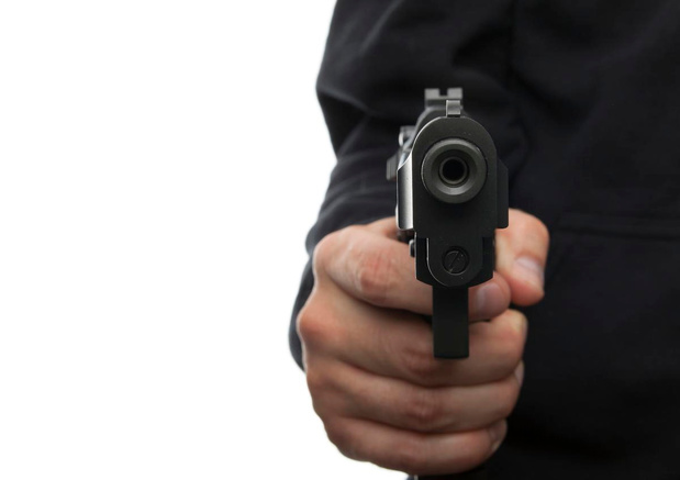 Man aangehouden voor bedreiging met wapen