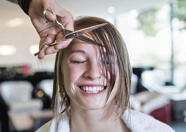 Waarom is naar de kapper gaan zo belangrijk voor iemands mentale welzijn?
