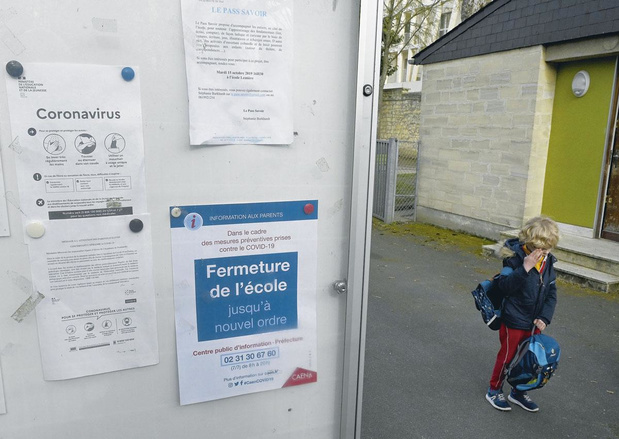 Vers un congé de quarantaine pour les parents qui doivent s'absenter pour garder leur enfant dont l'école doit fermer à cause du coronavirus ?