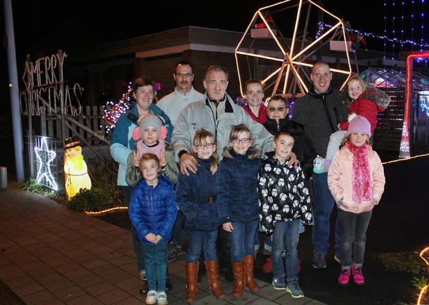 'Lauwe's kersthuisje' annuleert nu al festiviteiten: geen kerstmarkt, wel alle lichtjes