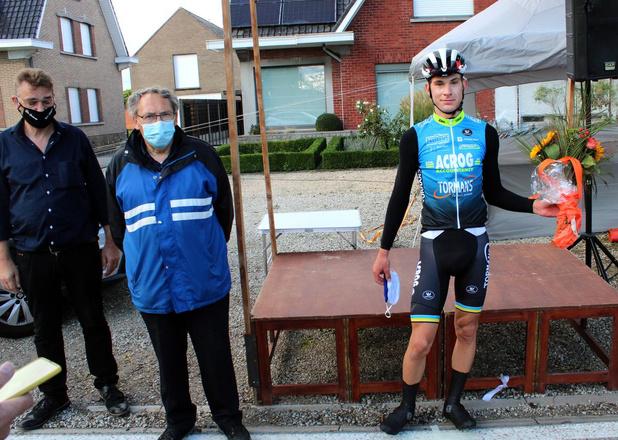 Junior Ramses Debruyne wint in Heestert