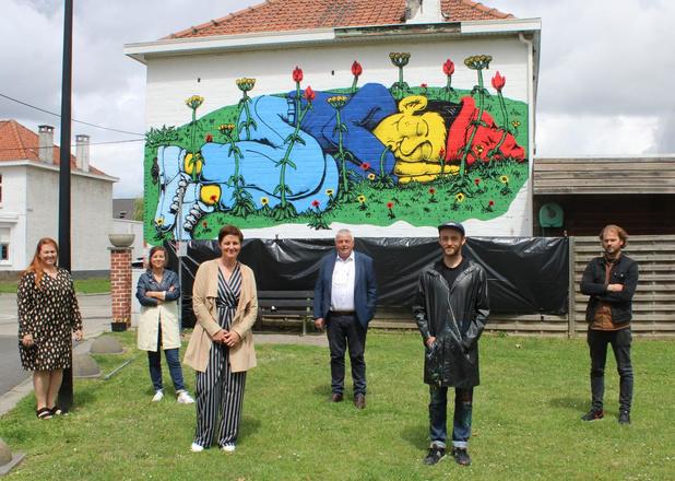 Kleurrijke muurschildering siert Tuinwijk