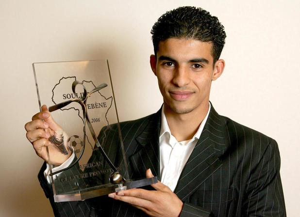 Flashback naar 24 april in 2006: Mbark Boussoufa wint de Ebbenhouten schoen