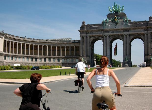 Brusselaars mogen deze zomer op bijna 50 plaatsen de openbare ruimte inpalmen
