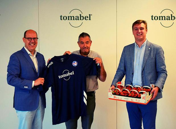 Tomabel nieuwe hoofdsponsor van Knack Volley Roeselare