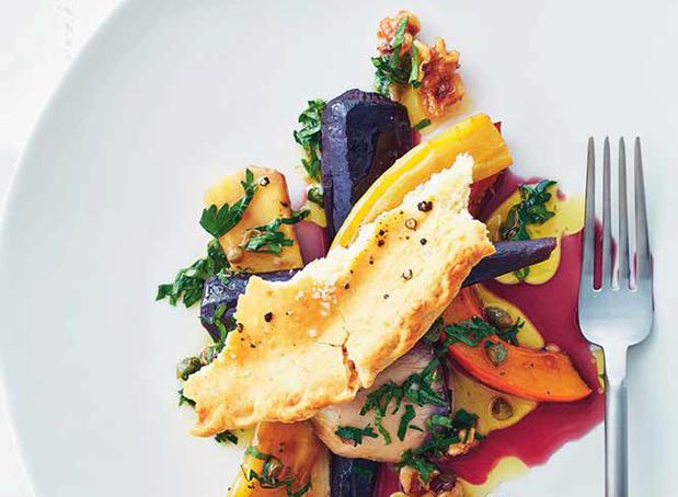 Salade van herfstgroenten met walnootdressing