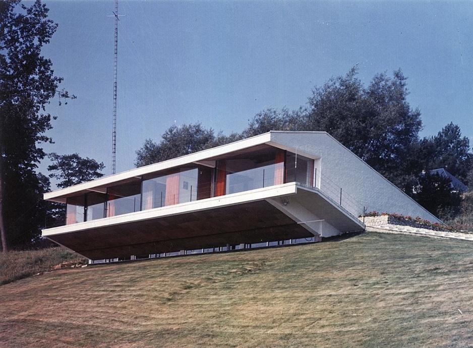 In beeld: de imposante gebouwen van modernistische architect Axel Ghyssaert