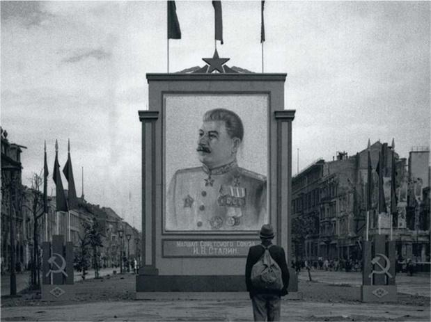 Découverte en Ukraine des restes de milliers de victimes des purges staliniennes