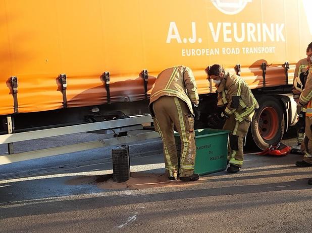 Probleem met batterijen zorgt voor brandje aan vrachtwagen in Roeselare