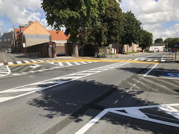 Veurnse scholieren starten met veilige fietsoversteek in de Lindendreef