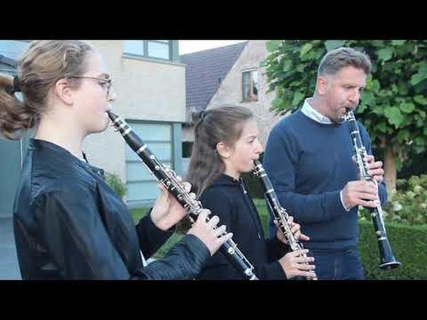 Buyck Klarinet Trio uit Heestert geeft laatste concertje voor de zorg