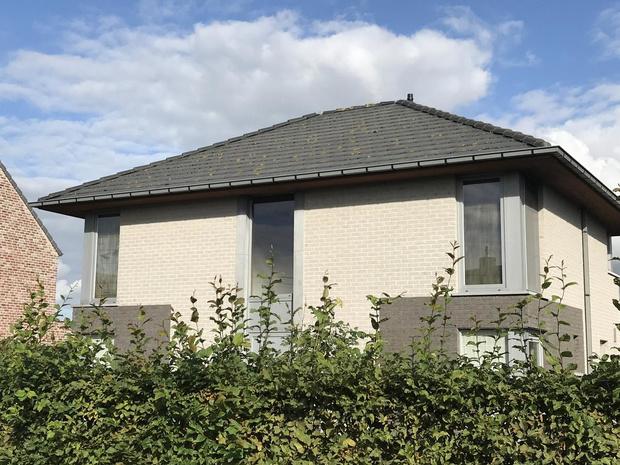 Huis in Kortemark onbewoonbaar door brand, slapende bewoner gewekt door buren