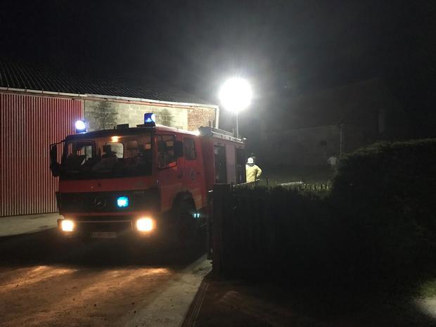Brandweer opgeroepen voor afvalbrand in Heuvelland