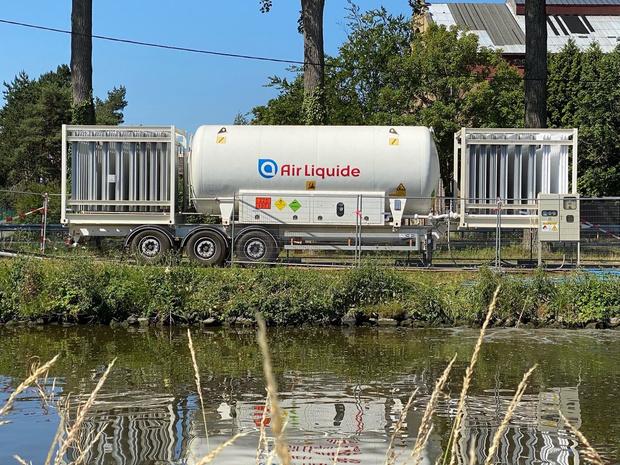 Zuurstofinstallatie moet probleem van stinkend kanaalwater oplossen