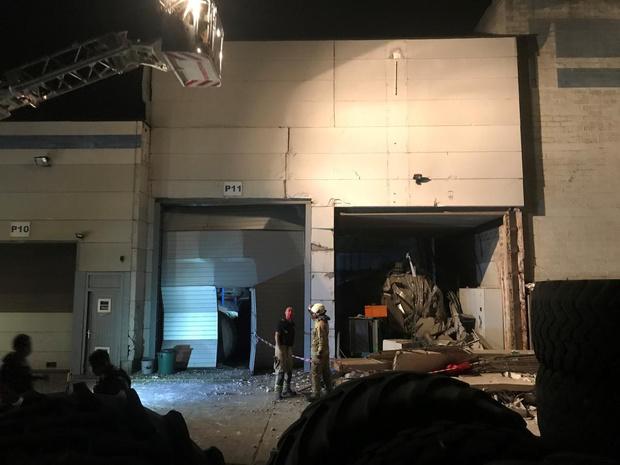 Zware explosie in loods in Elverdinge