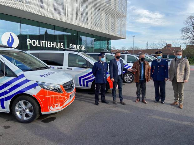 Brugse politie krijgt nieuwe dienstvoertuigen