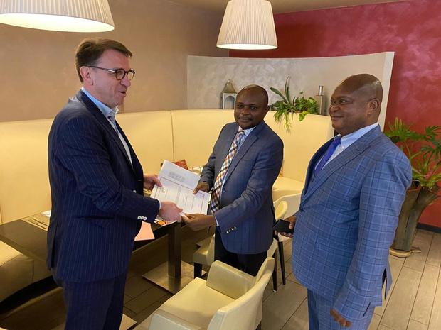 Group Joos tekent samenwerkingsakkoord met de officiële drukkerij van de République Démocratique du Congo