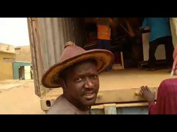 Oude schoolbanken krijgen nieuwe plek in Senegal
