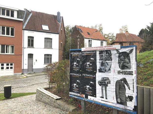 Derrière les affiches du Théâtre de Poche