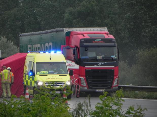 Trucker wordt onwel op E403 en overlijdt ter plaatse
