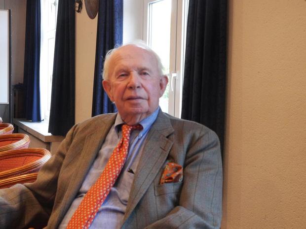 """Burgemeester Lippens evalueert coronazomer: """"Jonge Nederlandse schoolverlaters niet meer welkom"""""""