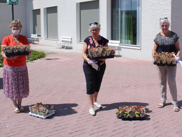 Bloemen en attenties voor woonzorgcentra Ceres en Hortensia