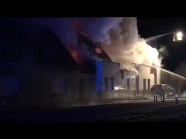 Brand vernielt villa in Zande