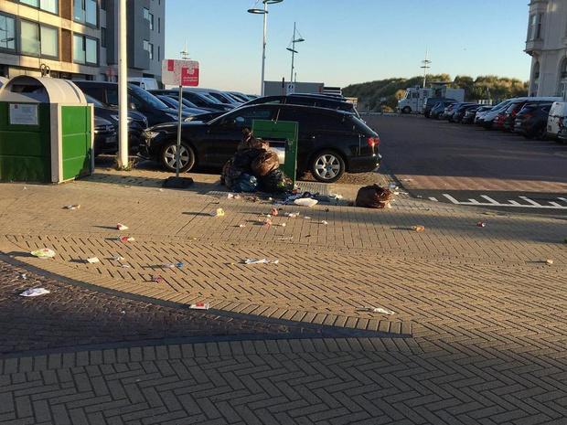 Bewoners zijn afval op Gerlacheplein beu
