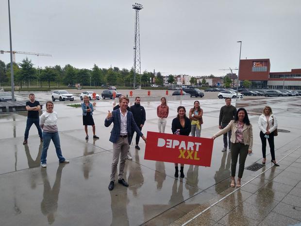 Kortrijk heeft als eerste stad van Vlaanderen coronaproof evenementenplein