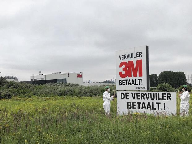 In het nieuws: la société 3M, à l'origine de la pollution au PFOS à Zwijndrecht, a été subsidiée