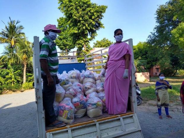 Oostrozebekenaar richt coronanoodfonds op voor Indische families