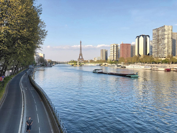 L'art de tourner en rond à Paris