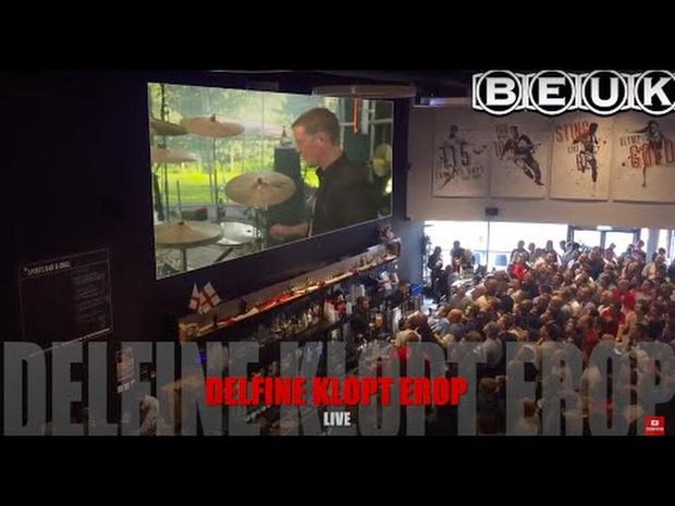 BEUK - Delfine klopt erop (Official Live Video)
