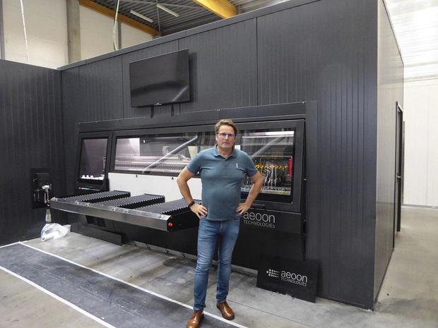 DTG de haute productivité sur imprimantes Aeoon et Kornit