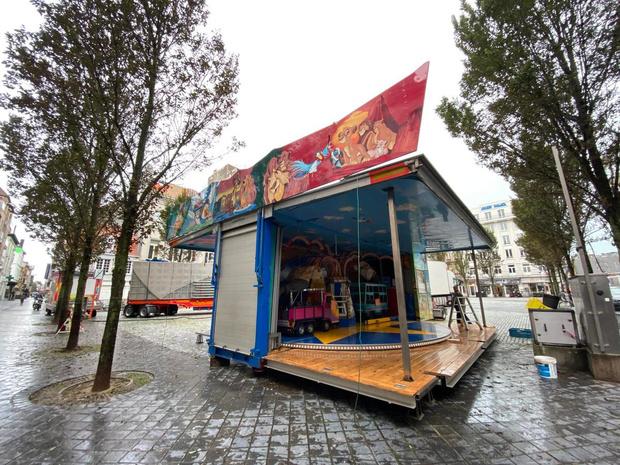 Opbouw oktoberkermis in Oostende gestart