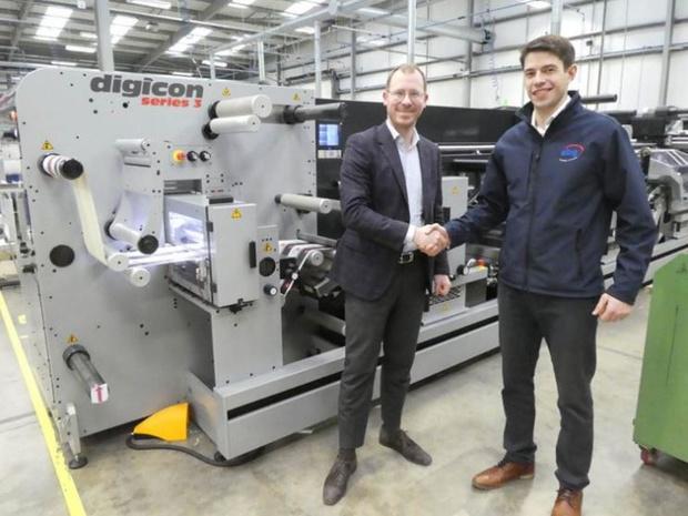 AB Grahic gaat EcoLeaf van Actega Metal Print verkopen