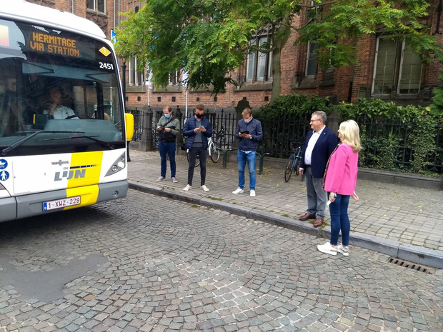 Sint-Jorisstraat in Brugge wordt eindelijk heraangelegd en bant de stadsbussen