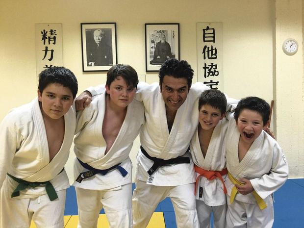 Cardio, judogi et tatami