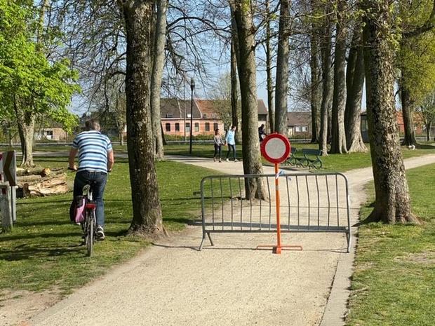Brugse Vesten plaatselijk afgesloten voor fietsers