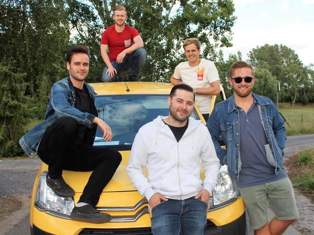"""Phantom Avenue brengt eerste eigen nummer uit:""""We zijn trots op Yellow Van"""""""