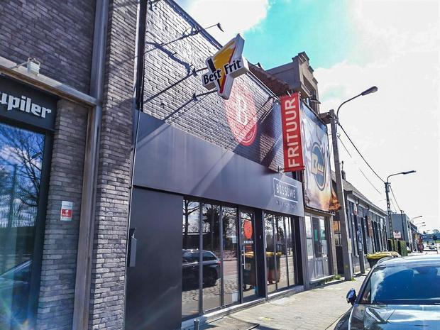 Chocolade en frieten: Kortrijks ziekenhuis wordt getrakteerd op Belgische lekkernijen