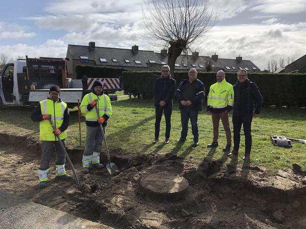 Voetpaden maken plaats voor groen in sociale woonwijk Stuiverwijk