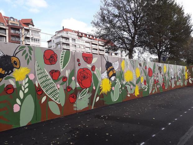 Bruggeling fleurt betonnen keermuren in Knokke op met streetart