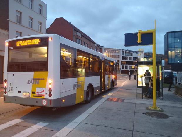 Regio Kortrijk krijgt 282 ritten met autocars per week om drukte op Lijnbussen te voorkomen