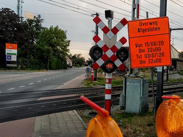 Spoorwegovergang station Vichte afgesloten door werken tot eerste week juli
