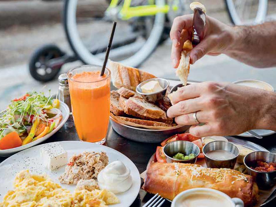 De culinaire revolutie van Tel Aviv: ontdek hoe een stad haar eetcultuur heruitvond (en waar je die kan proeven)