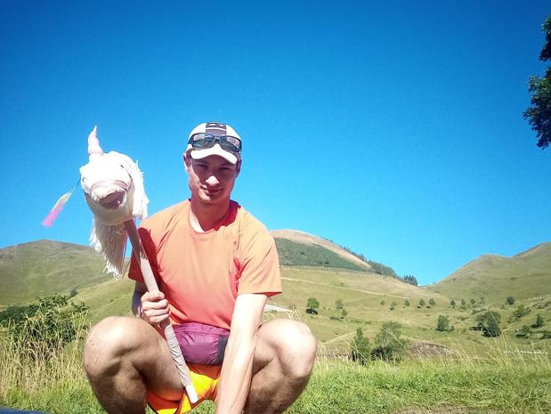 Ieperse avonturier Glenn Valentin is bijna halverwege op GR10 met eenhoorn Géraldine