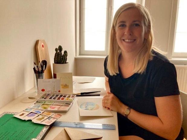 Kortemarkse Julie Ulin maakt gepersonaliseerde kaartjes in aquarel