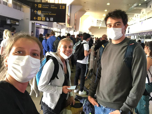 Uma Vandemaele, Sien Louage en Davy D'Hont op terugweg uit Bolivië